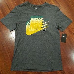 2/$30 NWT Men's Nike tee